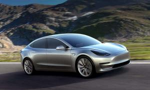 Tesla-Model-3-silver